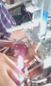 تعمیرکاران دستگاه جوراب بافی
